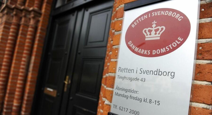Arkivfoto. Det er tæt på straffrit at voldtage en anden person, mener Dansk Kvindesamfund, efter tre unge mænd er blevet idømt en betinget straf for voldtægt af en 17-årig pige.