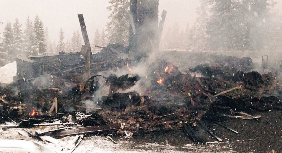 Der er ikke meget skihytte over de nedbrændte ruiner.