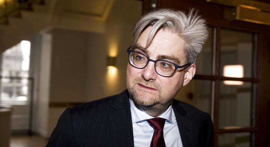 »Når Danmarks justitsminister taler om, at der skal udvises mere 'respekt' i Danmark handler det primært om at straffe hårdere,« skriver Berlingskes politiske redaktør, Michael Bjerre.