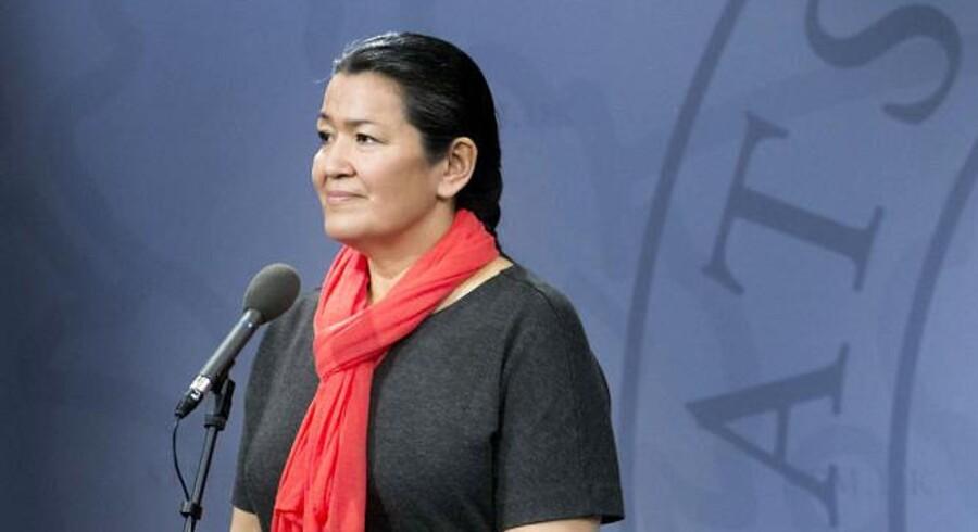 Efter at Aleqa Hammond blev landsstyreformand i Grønland, ser det ud til, at en tidligere usund Siumut-kultur med bl.a. ansættelse af venner i staten igen er på vej ind i det grønlandske selvstyre.