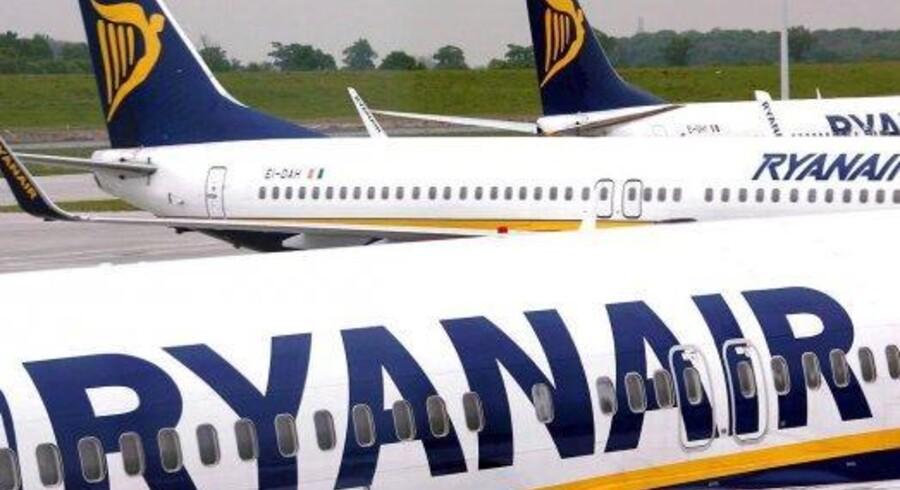 Fagbevægelsen vil stikke en kæp i hjulet på det irske flyselskabs planer om at åbne ruter fra København i marts.