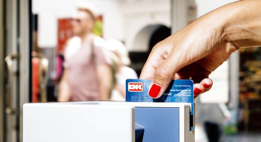 Dit Dankort må ikke spærres af banken, selv om du bliver registreret i RKI. Det fastslår Forbrugerombudsmanden.