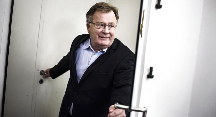 Claus Hjort Frederiksen byder velkommen inden for til endnu en særlig rådgiver, de såkaldte spindoktorer.