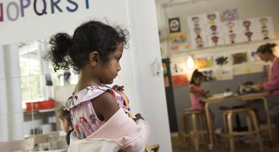 På den integrerede daginstitution Stjernen i Tingbjerg går der 54 børn i børnehave og 33 børn i vuggestue.