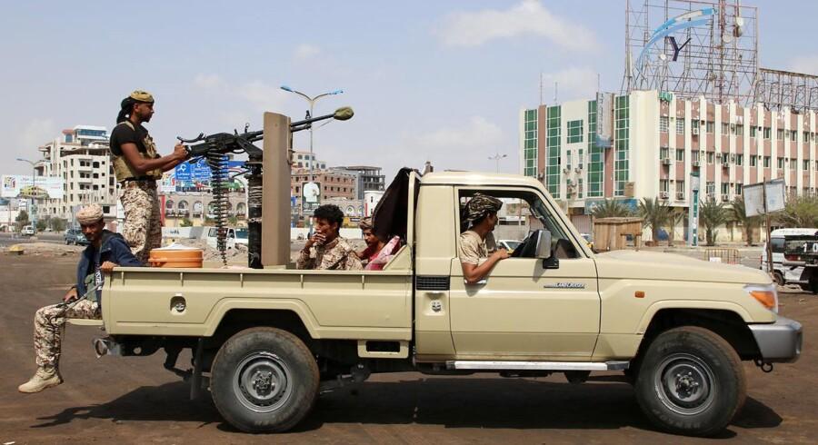 Islamisk Stat hævder at stå bag et dobbelt bilbombeangreb i den yemenitiske havneby Aden, hvor vidner og hospitalskilder beretter om mange ofre. (arkivfoto fra Aden) - Foto: Reuters/Fawaz Salman/arkiv