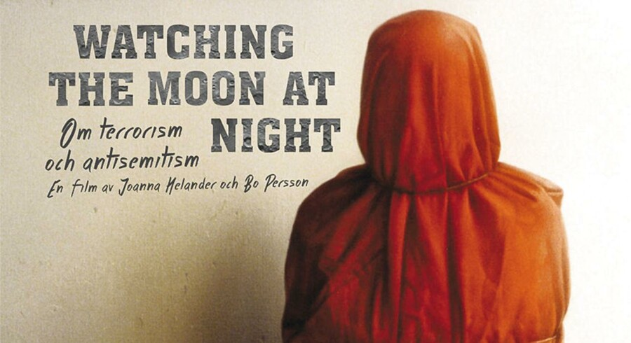 Watching the moon at night. Officiel filmplakat.