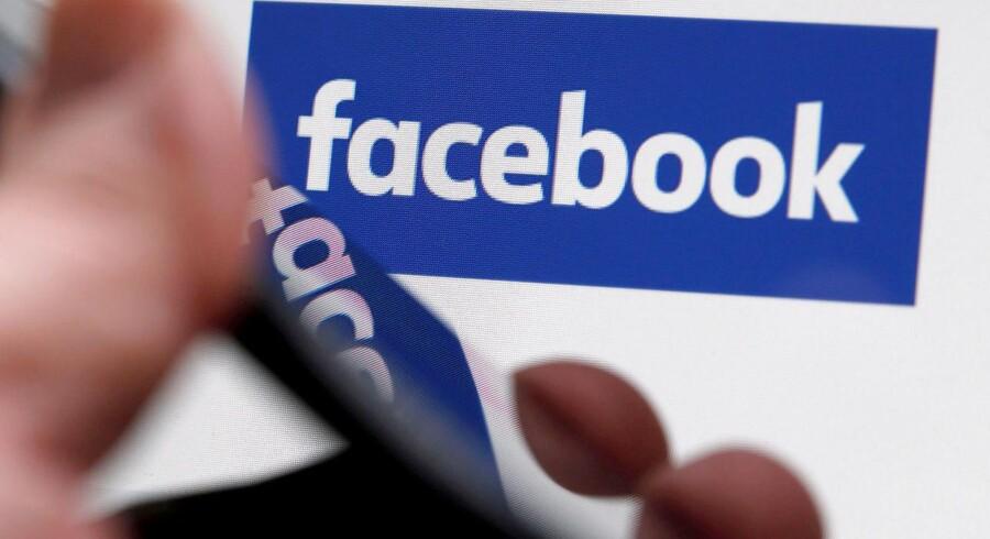 Facebook er klar til at skyde store millionbeløb i egne TV-produktioner for at holde på brugerne. Arkivfoto: Regis Duvignau, Reuters/Scanpix