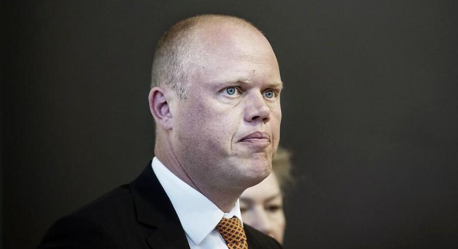 ARKIVFOTO. Forsvarsminister Peter Christensen og regeringen er parat til at leve med, at de danske kampfly dræber civile under bombardementerne af Islamisk Stat-krigerne i Syrien og Irak.