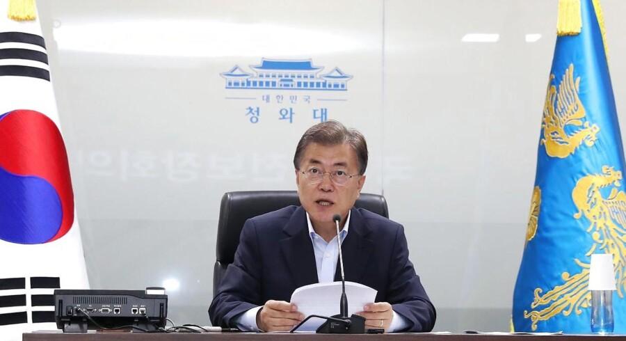 Militæret i Sydkorea har observeret testaffyring af ballistisk missil fra Nordkorea ud over Det Japanske Hav. EPA/YONHAP SOUTH KOREA OUT