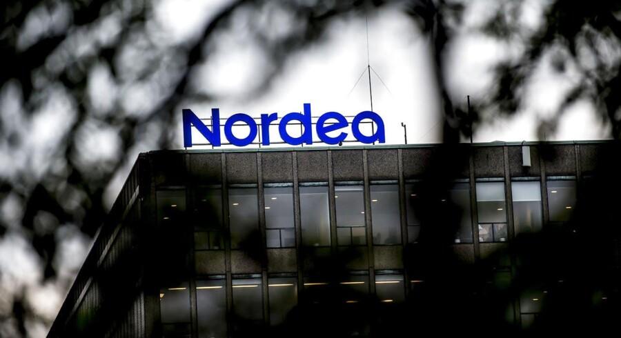 I september starter flere Nordea-ansatte en ørkenvandring fra fortet på Christianshavn til Ørestaden, hvor 2500 personer skal dele 2200 pladser. Banken har ikke planer om en udbygning.
