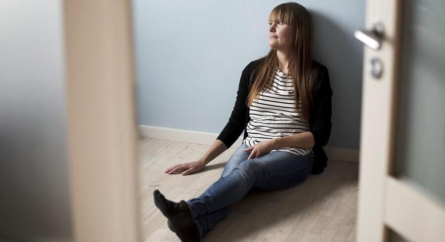 34-årige Michelle Knudsen led af spiseforstyrrelse, da hun var 13-19 år. Det resulterede i, at hun blev indlagt på psykiatrisk afdeling, hvor hun var udsat for en række tvangsindgreb. Det har sat spor i form af bl.a. angst.