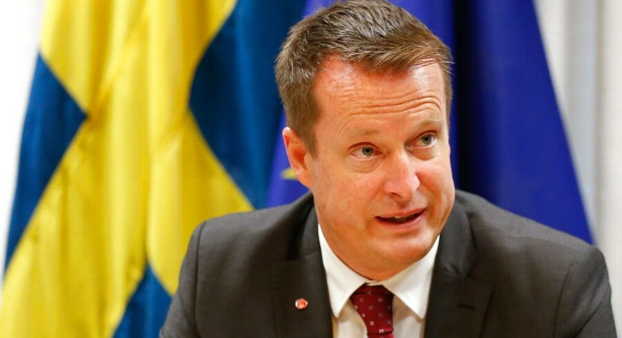 epa05034540 Sweden's Interior Minister Anders Ygeman talks to the press after an extraordinary Justice and Home Affairs Council following the Paris attacks in Brussels, Belgium, 20 November 2015.