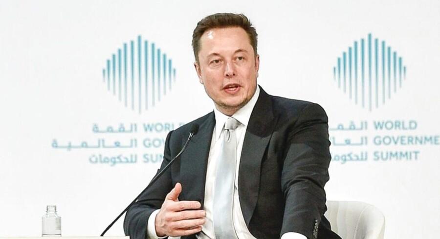 Elon Musk mener, at Tesla bliver mere værd end Apple / AFP PHOTO / STRINGER