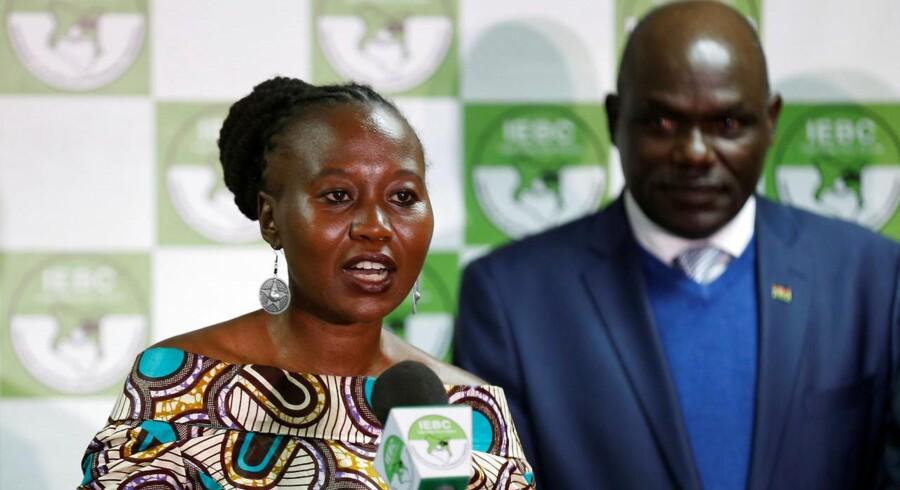 Bare en uge inden et omstridt omvalg i Kenya er Roselyn Akombe, der er topvalgkommissær, flygtet ud af landet på grund af trusler.