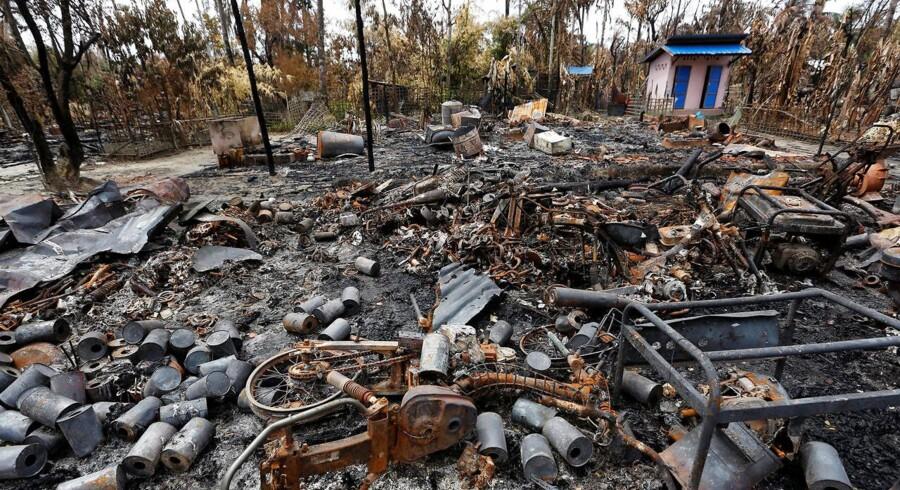 Flere end 2600 boliger er i løbet af den seneste uge brændt ned i områder, hvor de muslimske rohingyaer bor i Myanmar.