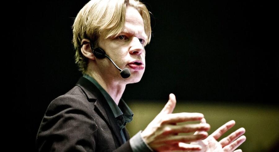 ARKIVFOTO: Clement Kjersgaard kan vinde prisen for bedste europæiske journalist, når prisen fredag uddeles i Berlin.