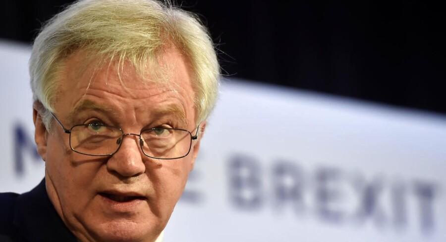 Arkivfoto. Brexitminister David Davis slår fast, at Storbritannien ikke vil betale 100 mia. euro for at forlade EU. REUTERS/Hannah McKay