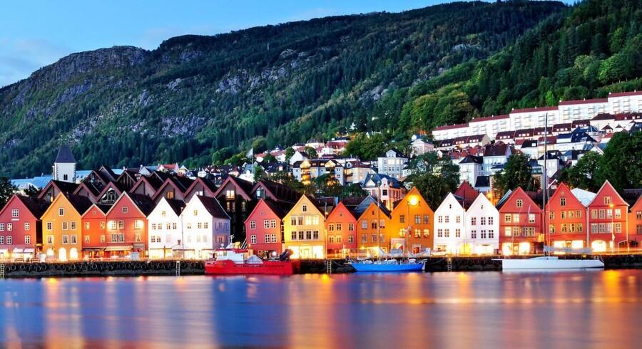 Handelsbalancen dykkede fra et overskud i maj på 7,8 mia. norske kr. til et underskud på 0,8 mia. norske kr. i juni. Foto: Iris.