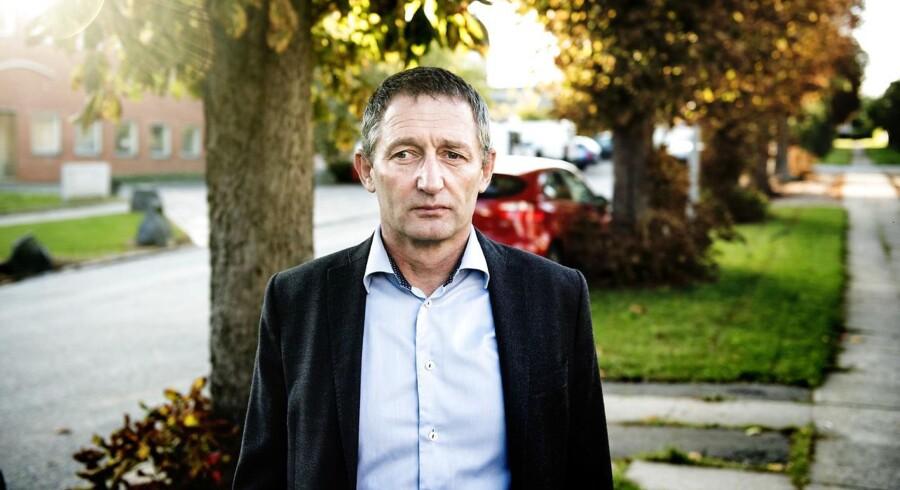 Lars Bisgaard Lund havde brug for politiets hjælp, da hans søn var efterfulgt af en række jævnaldrende, som tidligere havde overfaldet ham. Men politiet havde for travlt.