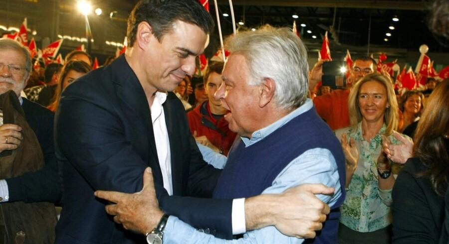 Felipe Gonzalez (højre) og Pedro Sanzhez (venstre).