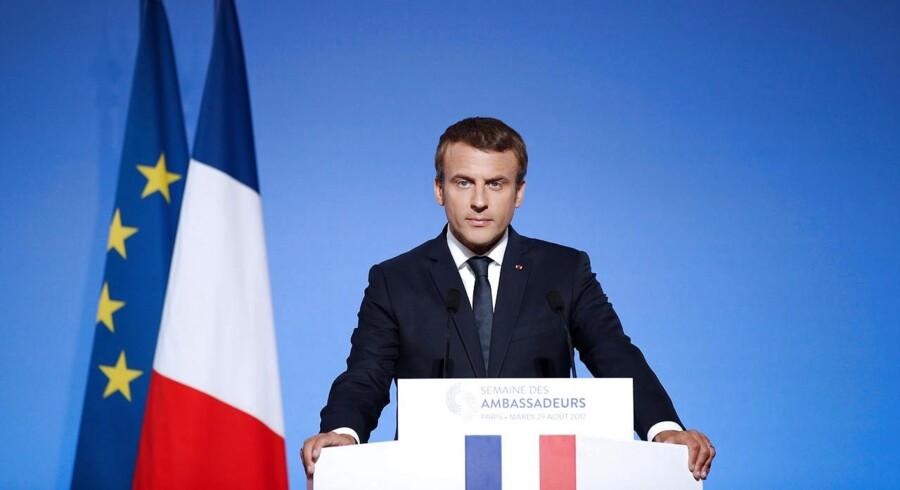 Emmanuel Macron har opfordret Tyskland til at investere mere i projekter i Europa, og han advarer samtidig om, at »brexit ikke må lægge beslag på al vor energi«.