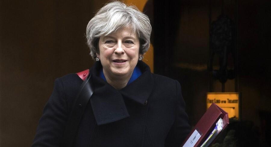 Theresa May forventes at gennemføre en regeringsrokade. Foto: EPA/WILL OLIVER