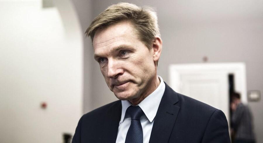 DF vil ikke vælte transportminister Ole Birk Olesen (LA), udtaler formand Kristian Thulesen Dahl (DF).