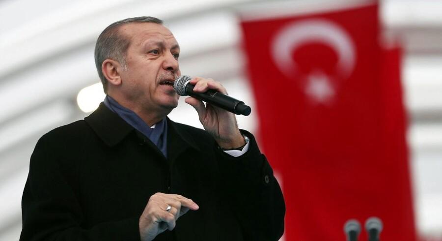 """Tyrkiets præsident, Recep Tayyip Erdogan, betegner den planlagte våbenhvile som en """"historisk mulighed"""" for at få afsluttet den snart seks år lange konflikt i Syrien"""