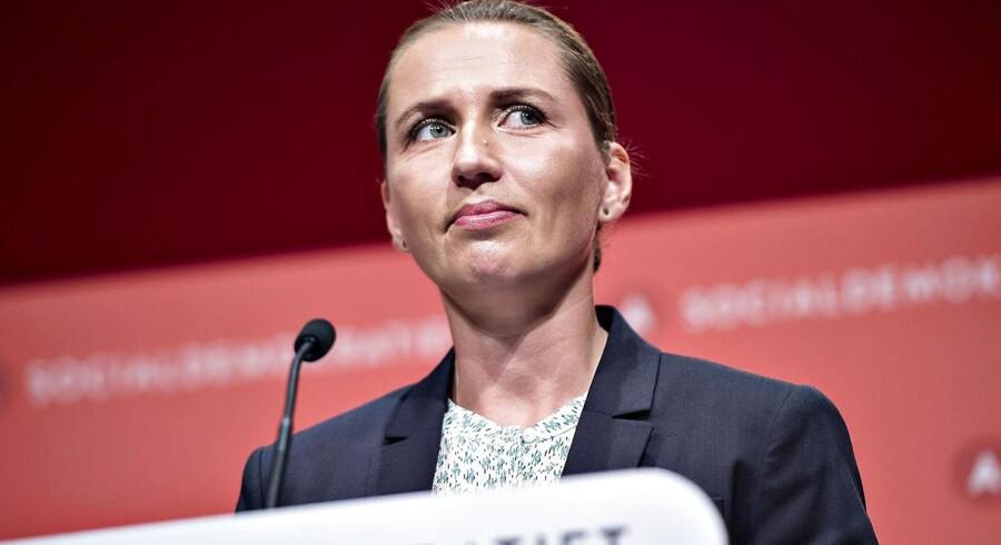 Socialdemokratiet indledte lørdag d. 16. september deres 2-dages kongres i Aalborg Kongres og Kulturcenter . Her ses formand Mette Frederiksen under sin beretning. (foto: Henning Bagger / Scanpix 2017)