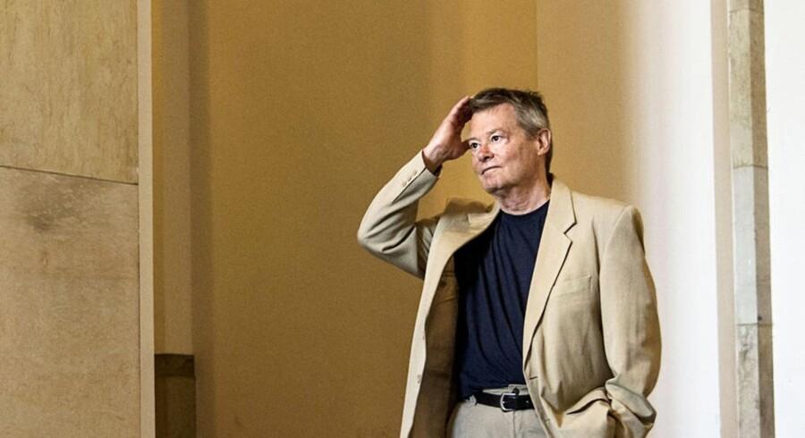 Klaus Kjøller, forfatter og tidligere lektor ved Københavns Universitet, er aktuel med bogen »Tak fordi du kom - Realityshowet Demokrati«.