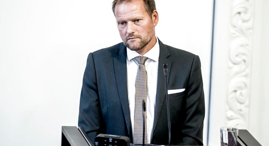 Finansordfører Rene Christensen (DF) på talerstolen under møde i Landstingssalen på Christiansborg i København torsdag den 7. september 2017, hvor første behandling af finansloven for 2018 er på dagsordenen. Regeringens forslag til en finanslov for 2018 blev fremlagt 31. august.. (Foto: Mads Claus Rasmussen/Scanpix 2017)