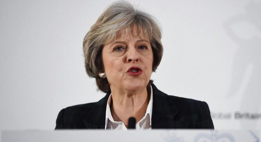 Arkivfoto. Storbritannien skal forlade EU. Regeringen i London ønsker ingen mellemløsning, siger premierminister.