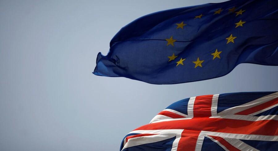 Mens den politiske situation i Storbritannien fortsat er kaotisk, tager EU-lederne hul på diskussionen om, hvordan fremtidens EU skal se ud.