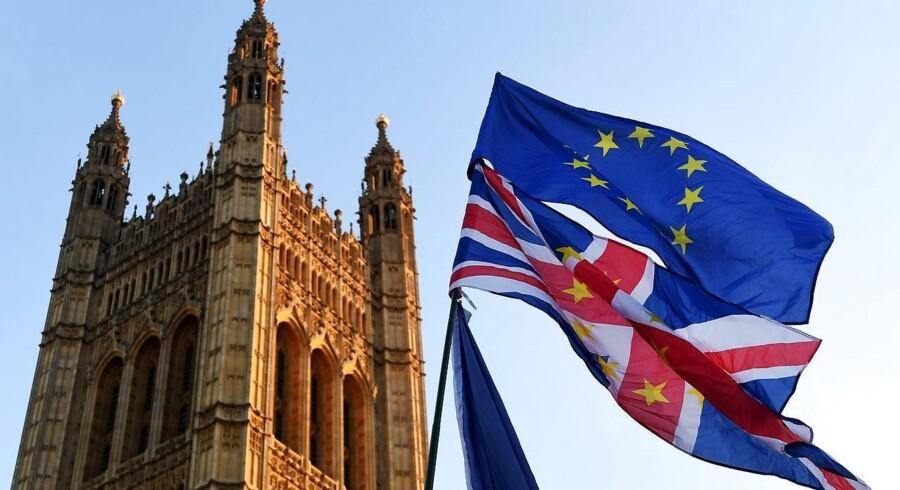 Storbritannien kan blive i EU's indre marked og toldunionen frem til udgangen af 2020, efter at de har forladt EU fredag 29. marts ved midnat.