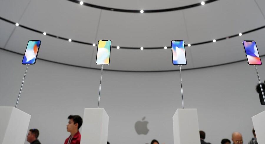 Tirsdag blev Apples nye telefon iPhone X præsenteret i Californien, men teknologigiganten måtte tage til takke med et kursfald oven på produktlanceringen.