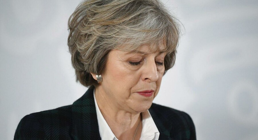 Den britiske højesteret har netop afgjort, at regeringen skal have det britiske parlamentets udtrykkelige godkendelse for at aktivere den såkaldte artikel 50-meddelelse, der aktiverer Storbritanniens exit af EU. Parlamentet skal derfor stemme om brexit i den nærmeste fremtid. Jorden skælver nu for alvor under Storbritanniens premierminister, Theresa May, og andre tilhængere af et »hårdt brexit«.