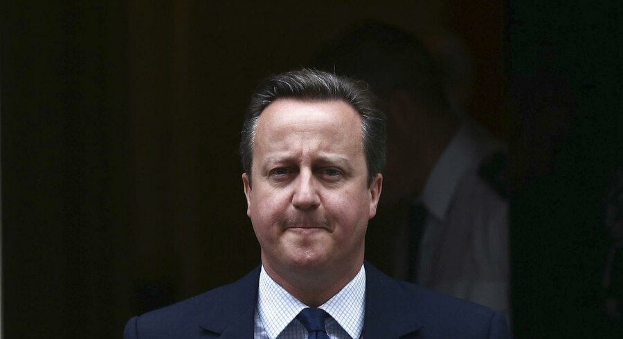 David Cameron forlader Downing Street 10 den 29. juni.