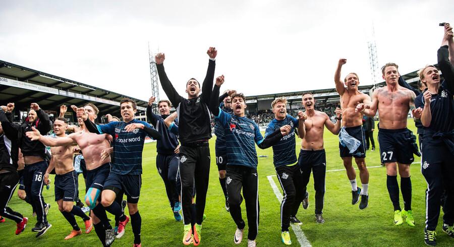 BMINTERN - Med 2-2 rykker Helsingør op i Superligaen og Viborg må en tur ned i 1. division. Viborg FF vs. FC Helsingør 2-2. ALKA Superliga. Energi Viborg Arena. Foto: Bo Amstrup / Scanpix 2017