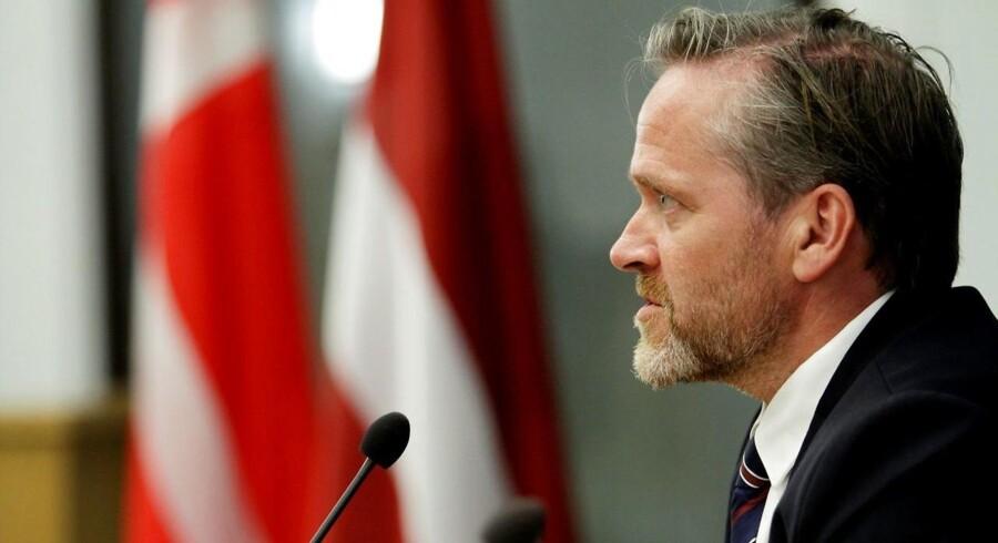 »Det er altid vigtigt at arbejde for at finde regionale løsninger på regionale udfordringer. Og det er netop det, der er tanken bag det styrkede samarbejde mellem G5-landene,« siger Anders Samuelsen i en skriftlig kommentar.