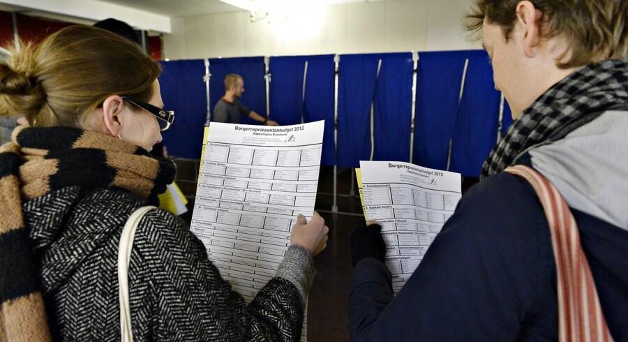 Den såkaldte d'Hondts metode, der afgør mandatfordelingen i kommunerne, favoriserer de største partier.