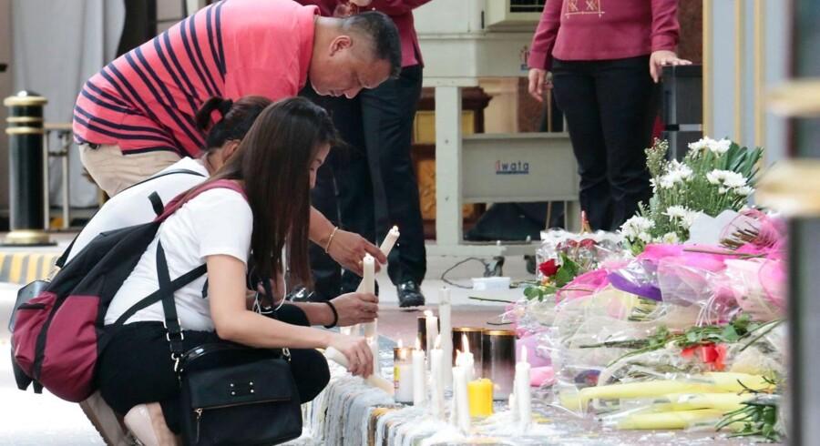 Befolkningen mindes ofrene for angrebet i Manila.
