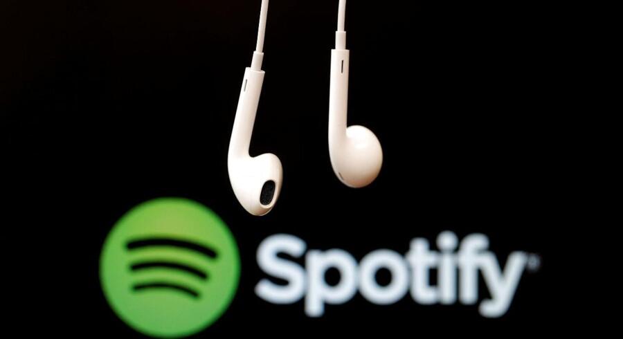 """Den nye trussel kommer fra det såkaldt """"Stream Ripping""""-software, der gør det muligt at ulovligt kopiere onlinestreamet musik fra blandt andet Spotify, Apple Music og Youtube."""