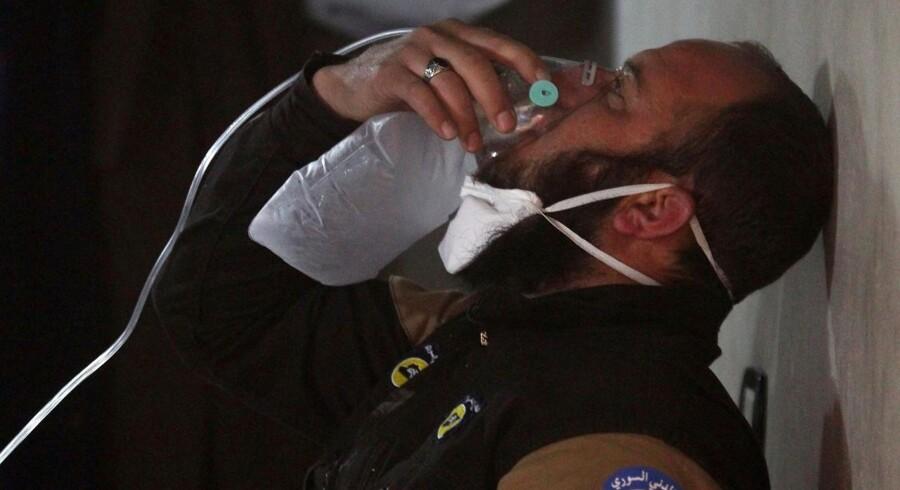 Vesten vender pegefingeren mod det syriske regime, efter at mindst 72 civile blev dræbt under et formodet kemisk angreb i det nordlige Syrien tirsdag. Foto: Ammar Abdullah