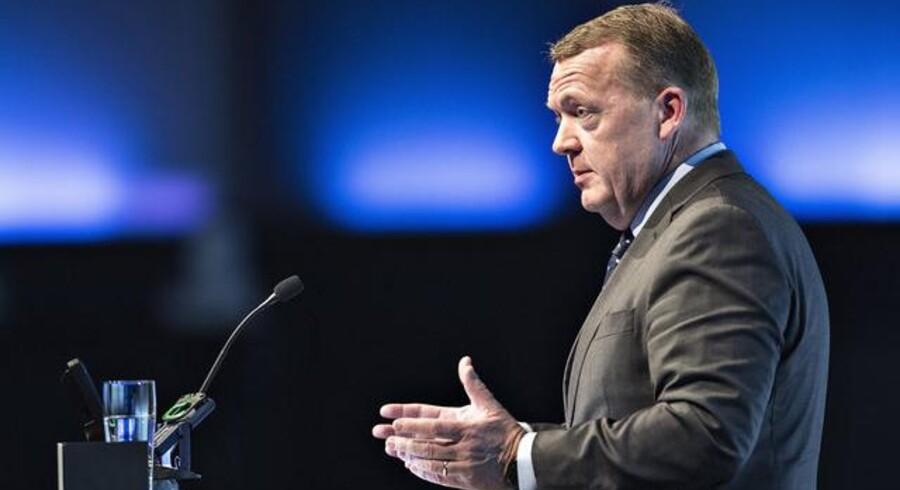 Kommunernes Landsforening startede torsdag deres 2-dages Topmøde 2017 i Aalborg Kongres og Kulturcenter. Her ses statsminister Lars Løkke Rasmussen på talerstolen . (foto: Henning Bagger / Scanpix 2017)