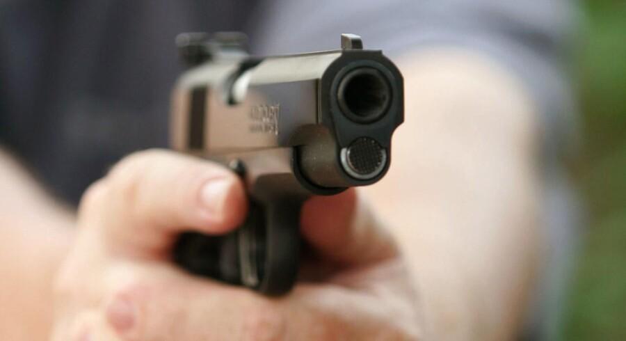 Arkivfoto: Folketinget har tirsdag vedtaget et lovforslag, der fordobler minimumsstraffen for ulovlig våbenbesiddelse under særligt skærpende omstændigheder.