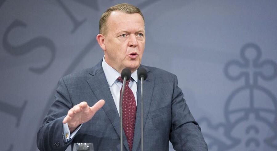»Regeringen ønsker således, at en væsentlig del af råderummet i den offentlige økonomi skal bruges til at sænke skatter og afgifter for at fremme vækst og velstand…,« hedder det i Løkke-regeringens 2025-plan.