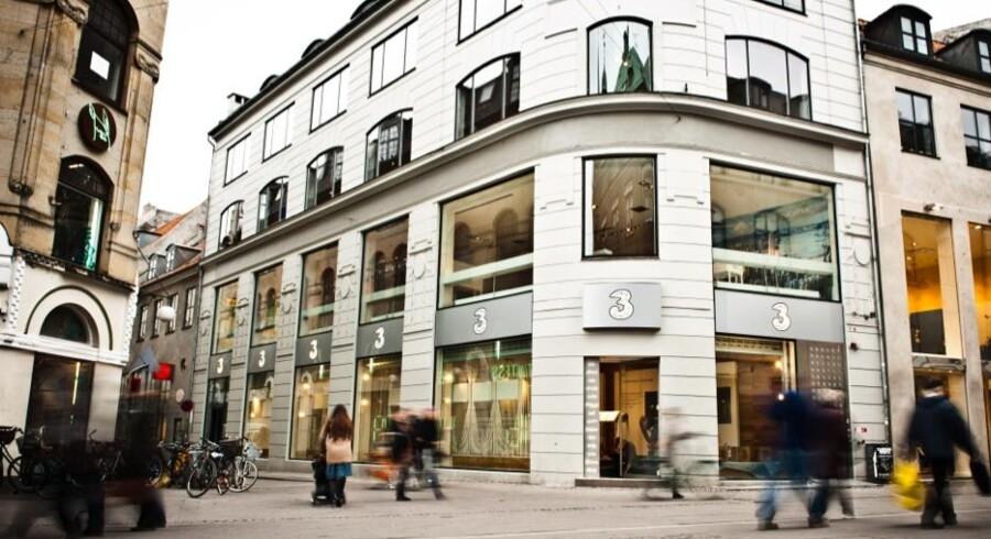»3« tiltrækker – navnlig gennem lavprisselskabet Oister – stadig flere kunder, men indtjeningen halter.