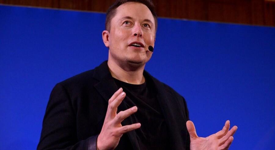 Topchefen for den amerikanske elbilproducent Tesla, Elon Musk, er blandt de mange, der skyder milliarder i ny forskning i kunstig intelligens. Arkivfoto: Eric Piermont, AFP/Scanpix