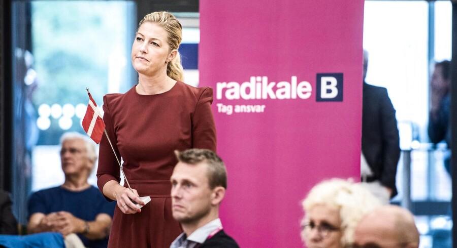 De Radikale hejser et rød-hvidt Dannebrog, ikke et hvidt flag, siger gruppeformand Sofie Carsten Nielsen.