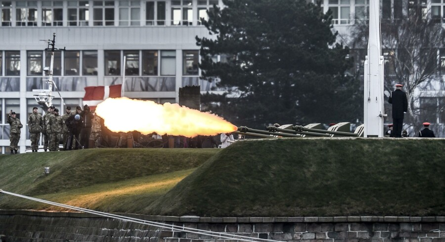15 February 2018 the Navy salute Prins Henrik from the canons at Kronborg Slot (castle) at Holmen in Copenhagen. The canons are placed at Battery Sixtus and fired by the artillery department in from Oksbøl.(Photo: Mads Claus Rasmussen/Scanpix 2018).